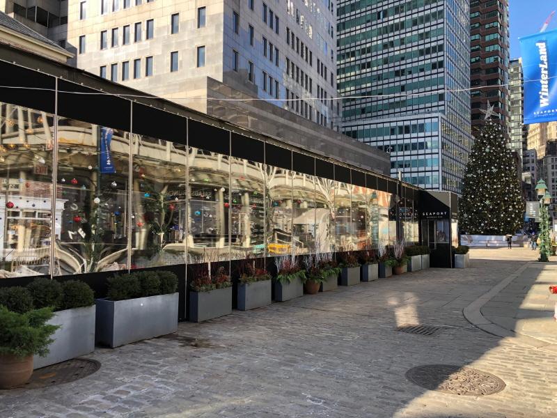Seaport Garden Bar Winter Enclosure (17)